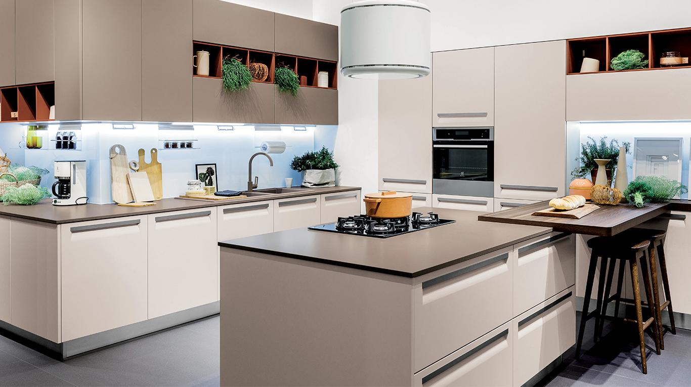 """Cucina Moderna Veneta Cucine """"Carrera F1"""" - Arredamenti L\'Opera"""